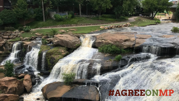 AgreeOnMP_ZoomBackground_Waterfall